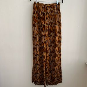 Missguided High Rise Flowy Tiger Print Pants Sz 4